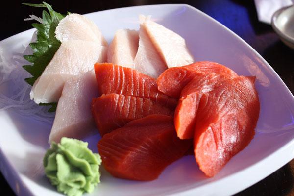 fresh sashimi from kadoya