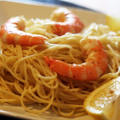 garlic oil with lemon & shrimp pasta