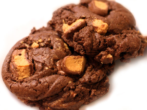 chocolate reese's peanut butter cup cookies - Table for Two