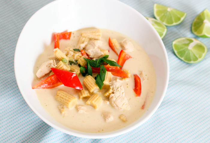 green-curry-coconut-soup-1