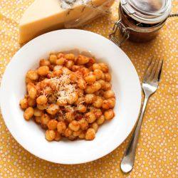 sundried tomato pesto gnocchi