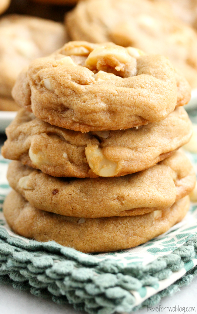 White Chocolate Macadamia Nut Cookies Table For Two 174 By