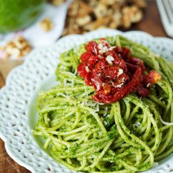 arugula-walnut-pesto-pasta-tablefortwoblog-3