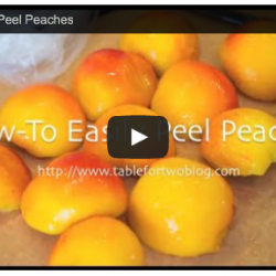 Video tutorial on how to peel peaches