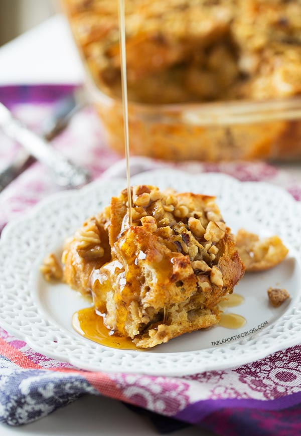 Overnight eggnog French toast bake is a breakfast crowd-pleaser! A few ...