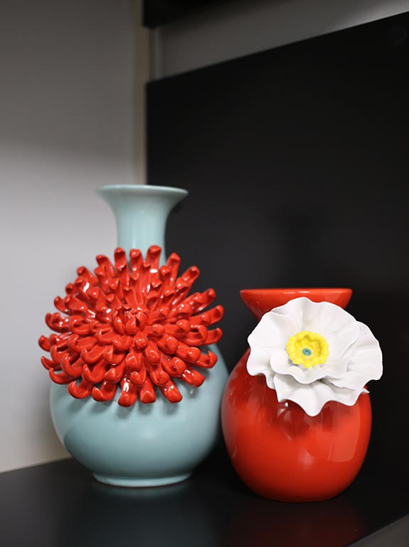 Ideas for decorating your corporate office space on tablefortwoblog.com