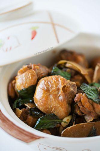 Three Cup Chicken (三杯雞) recipe on tablefortwoblog.com
