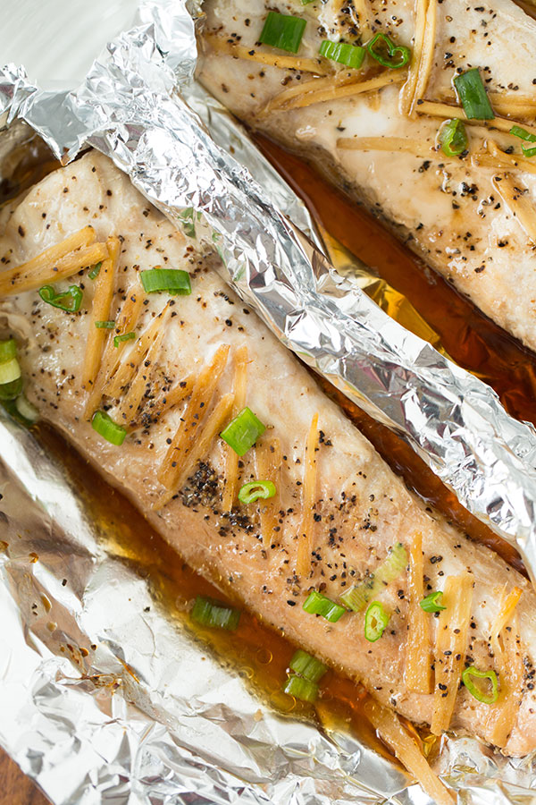 If you're in a pinch, like Asian flavors, and looking for a super simple weeknight meal, this ginger soy sesame fish in a pouch is for you!