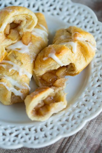 Apple cinnamon cream cheese roll-ups are a great after-school snack for the kids!