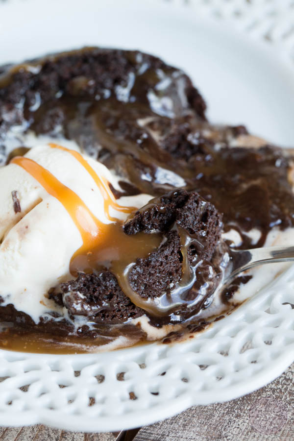 Vanilla Caramel Lava Cake