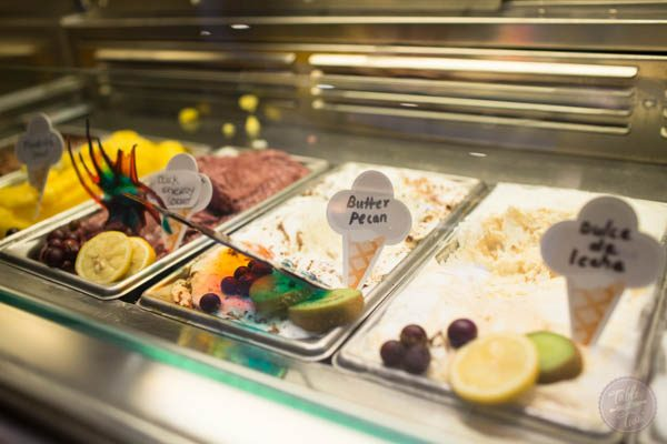 If you're wondering what kind of food is on the Regal Princess cruise ship, this is the post you should read!