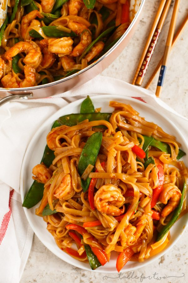 Fried Noodle With Garlic Shrimp Recipe — Dishmaps