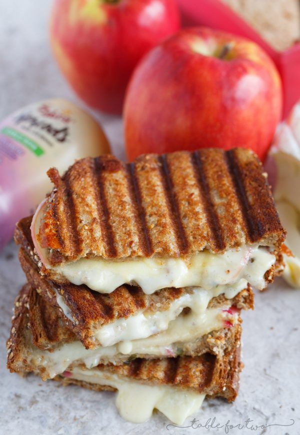 Apple and brie garlic herb hummus (from Sabra Spreads) panini is what melted cheesy goodness sandwiches are made of! #ad