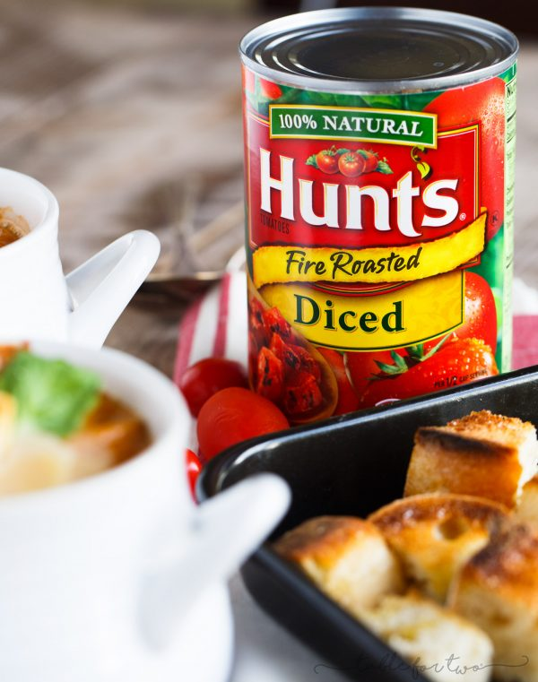 A gorgeous creamy and smooth fire-roasted tomato, pumpkin, and corn soup that uses @huntschef fire-roasted diced tomatoes. The flavors go so well together and it's the perfect compliment to add to your dinner table. Serve with some crusty bread and you've got yourself a comforting and healthy meal! #HuntsDifference #ad