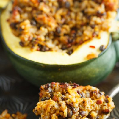 If you love the flavors of Fall, this stuffed acorn squash with sage apple sausage and wild rice is the squash recipe for you! So full of flavor & will fill you right up! A great new recipe to use for acorn squash. Who doesn't love stuffing acorn squash? The best flavors!