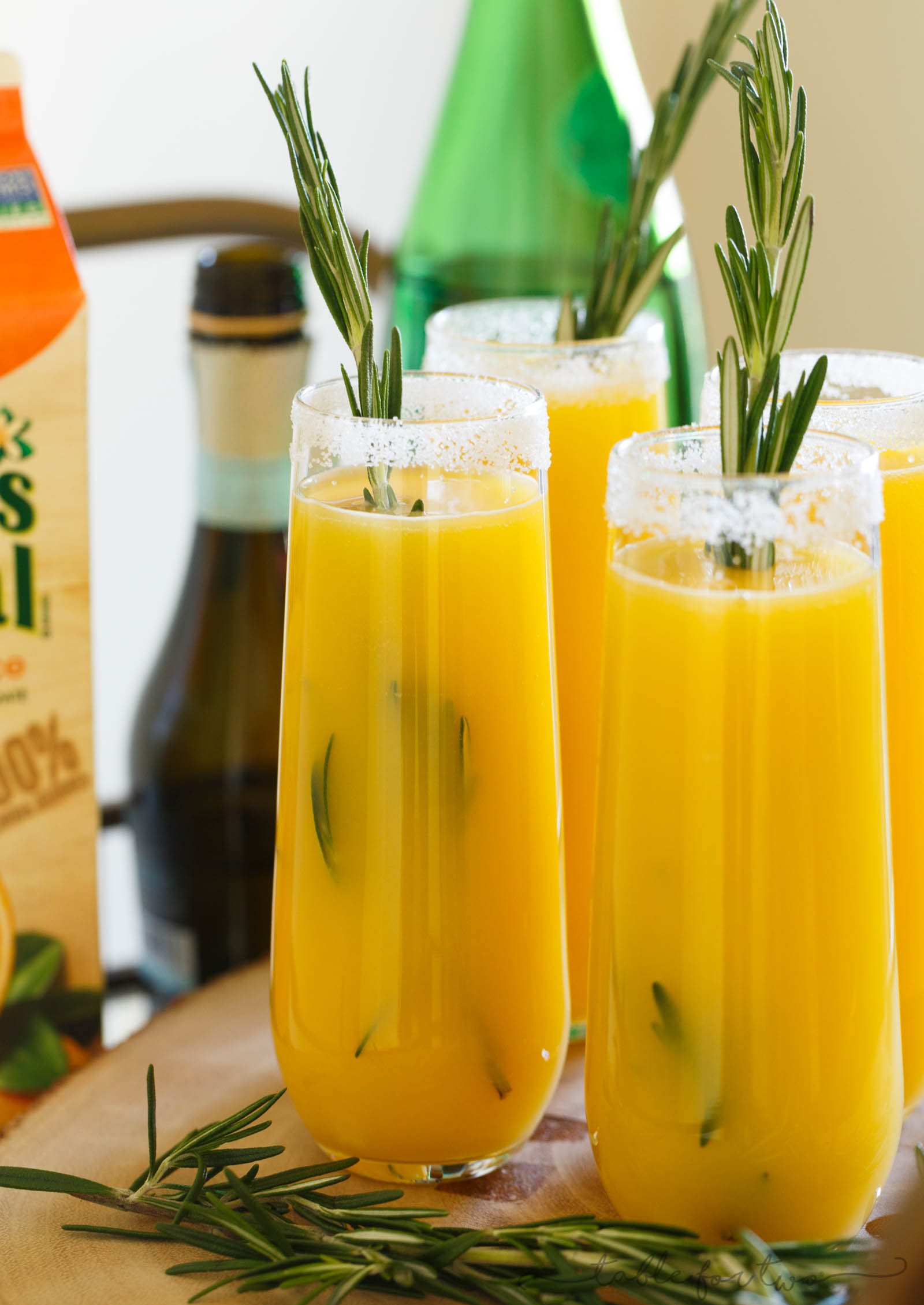 Your new favorite brunch drink with #FloridasNatural! This rosemary orange spritzer is the perfect drink for any occasion. Brunch, Easter, Mother's Day, what have you! Or maybe you just feel like sipping on something good to ring in the weekend! #ad