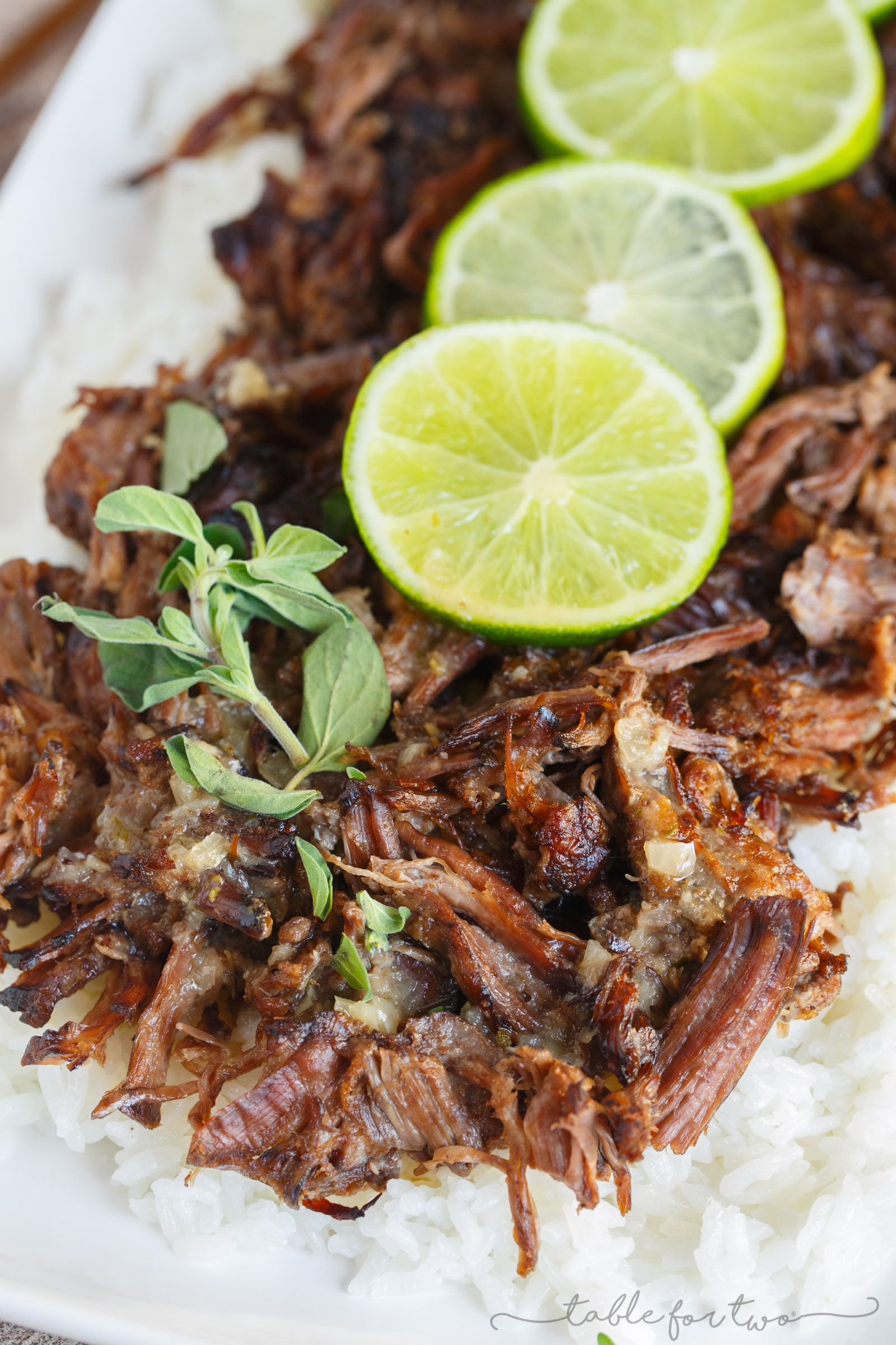 This slow cooker mojo beef and rice is an incredibly flavorful slow cooker meal that is melt-in-your-mouth delicious! Full of citrus flavor and a hint of spice! #HuntsDifference #ad
