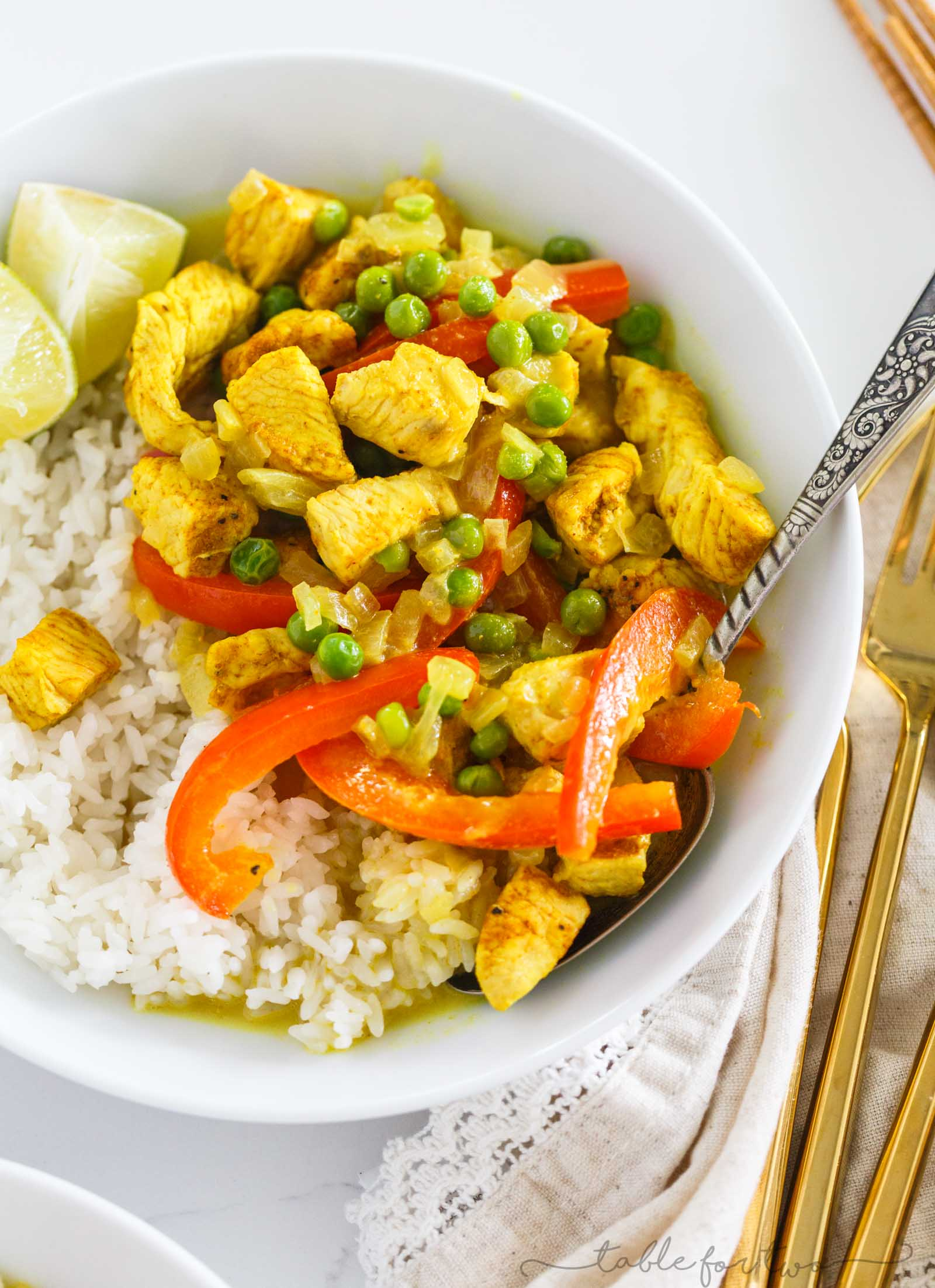 This green curry and coconut rice bowl is a delightfully flavorful easy weeknight meal or for meal prep. Simple to throw together yet not lacking in flavor one bit!