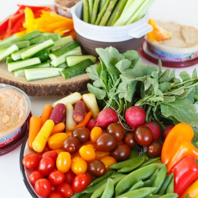 Building a crudite platter for a crowd is easier than you think! I will show you how! #cruditeplatter #veggieplatter #homemadevegetableplatter #diycrudite #partyplatter