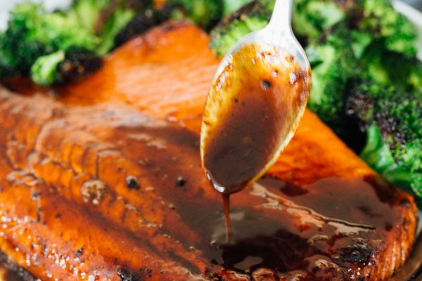 Who doesn't love a sweet and salty combination on top of buttery, flakey salmon? This sugared soy sauce salmon is a quick and easy weeknight meal! #meatlessmonday #seafood #salmon #salmonrecipes #soysauce #asian