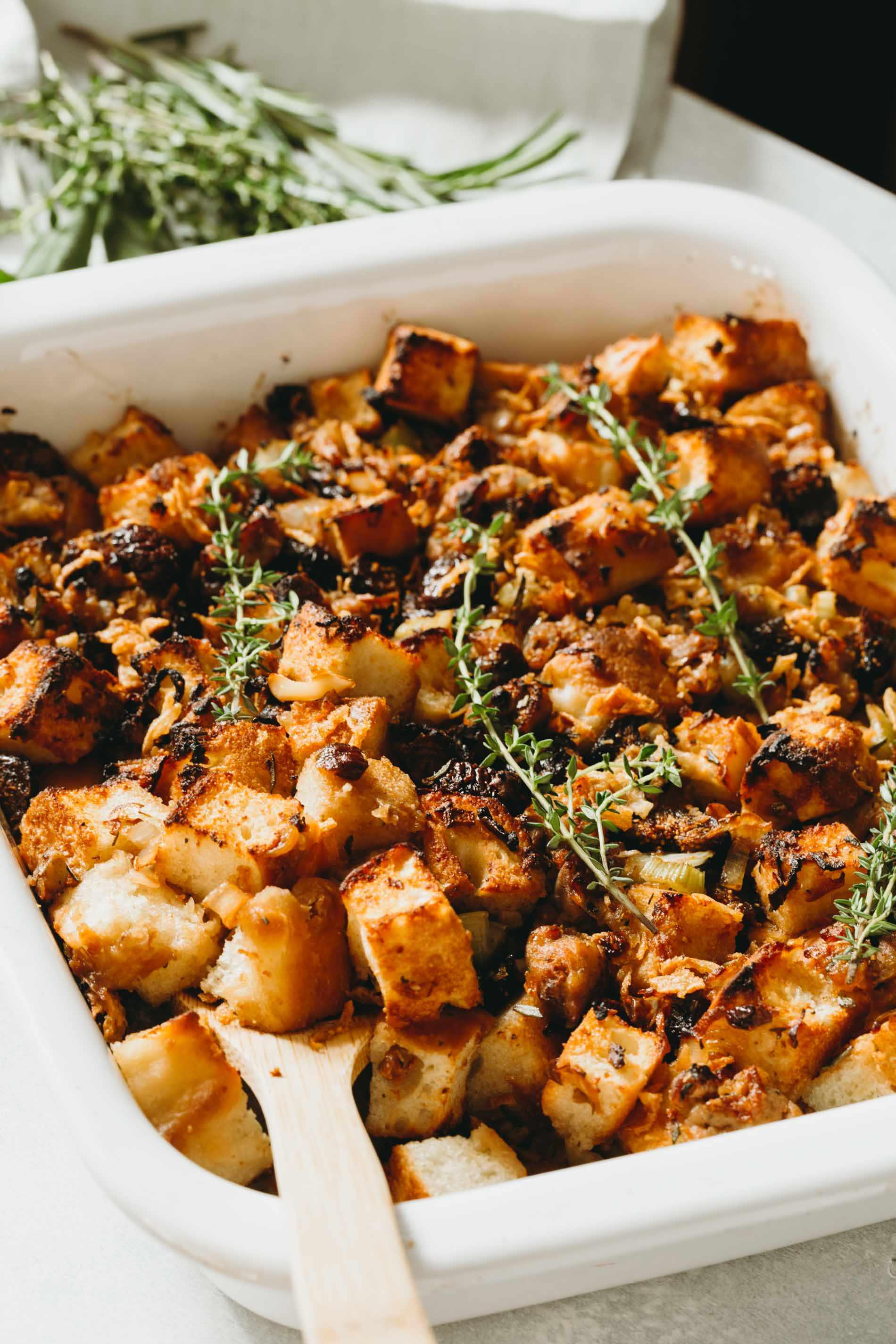A unique take on the traditional Thanksgiving stuffing! This focaccia stuffing is filled with dried figs and chicken sausage for sweet and savory flavors!