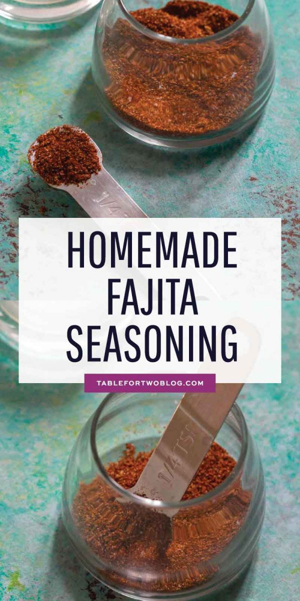 You don't have to buy fajita seasoning packets when you can make your own at home! They're much healthier too because you know exactly what's going into it and you can customize to your own taste! #homemadeseasoning #fajita #fajitaseasoning