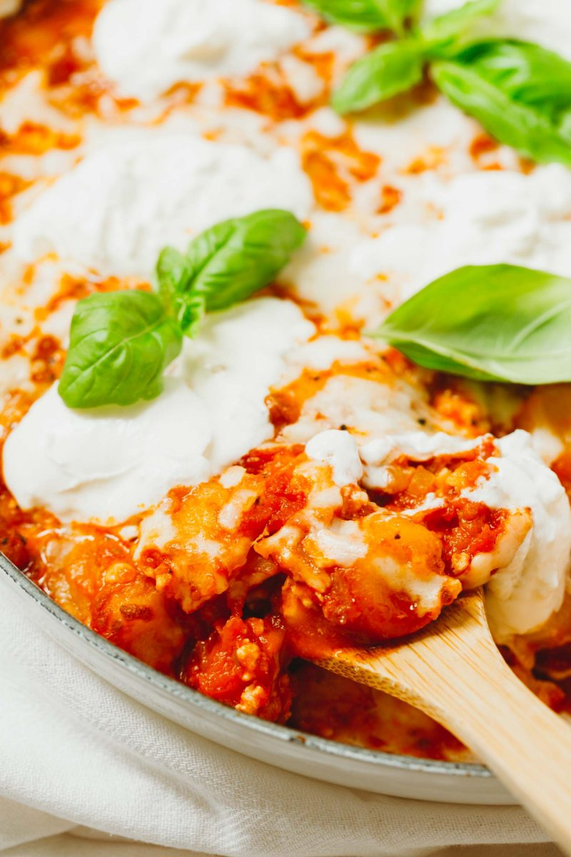 An easy dinner idea is this low-carb chicken parmesan gnocchi bake that is put together in one skillet! A great way to use that cauliflower gnocchi if you need ideas on how to use it!