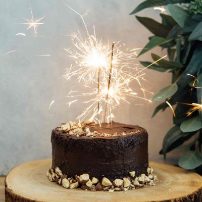 This mini chocolate malt cake for two is perfect for any celebration or if you're just craving a chocolate cake and don't want to make a large one! #minicake #chocolatecake #chocolatemalt #malt #cakefortwo #chocolate