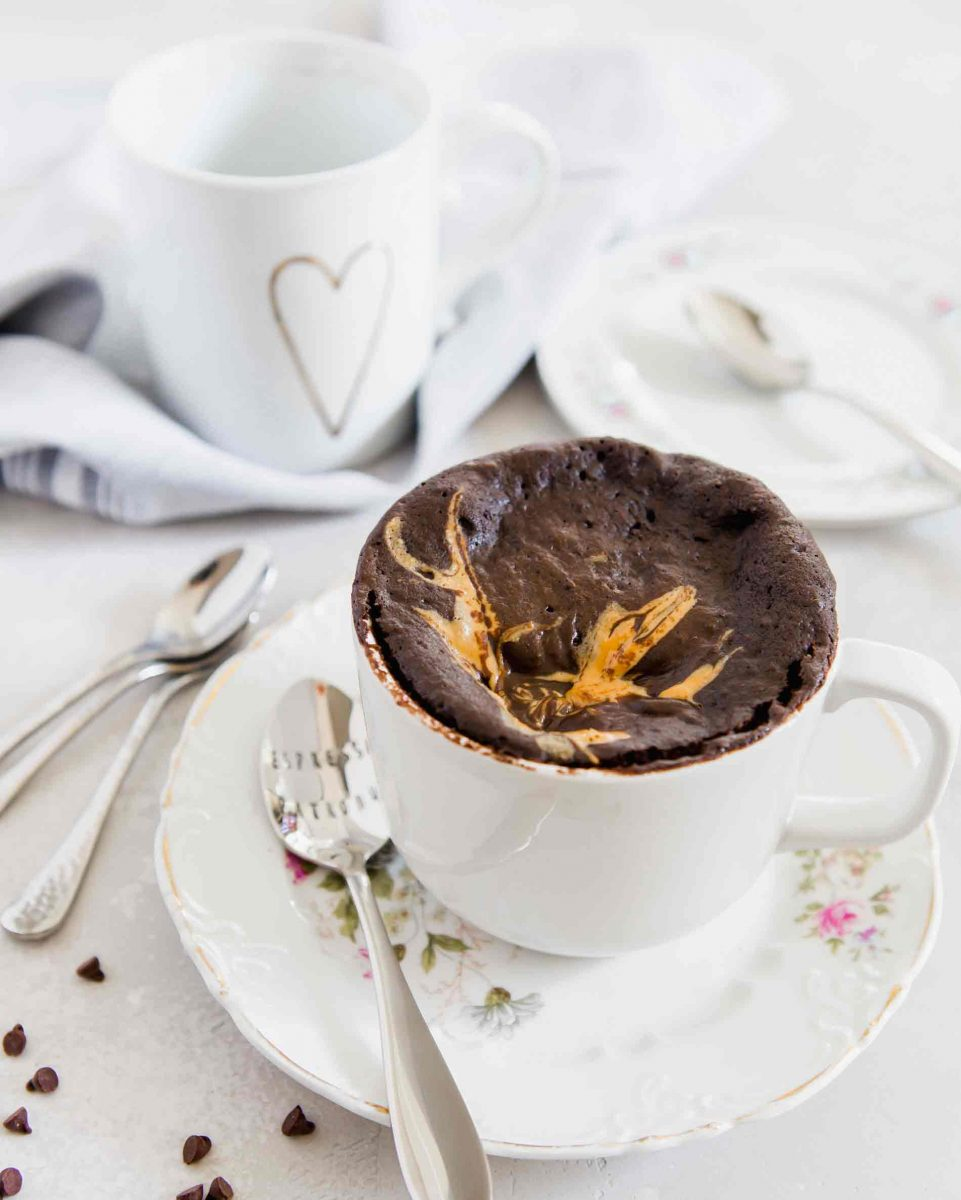 If you love peanut butter and chocolate and love the ease of mug cakes then this peanut butter chocolate mug cake is for you!