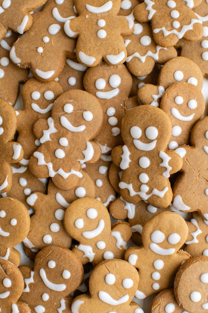 Gingerbread man cookies mark the start of the holiday season, in my opinion! They're so cute and sign that the holidays are near!
